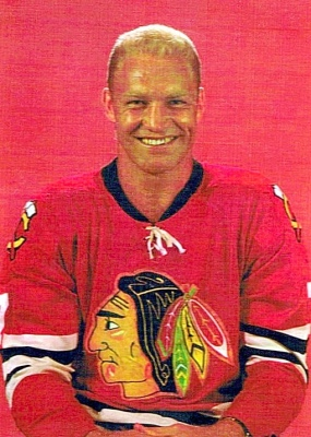 Bobby Hull's Blackhawks Jet Past the Bobcats
